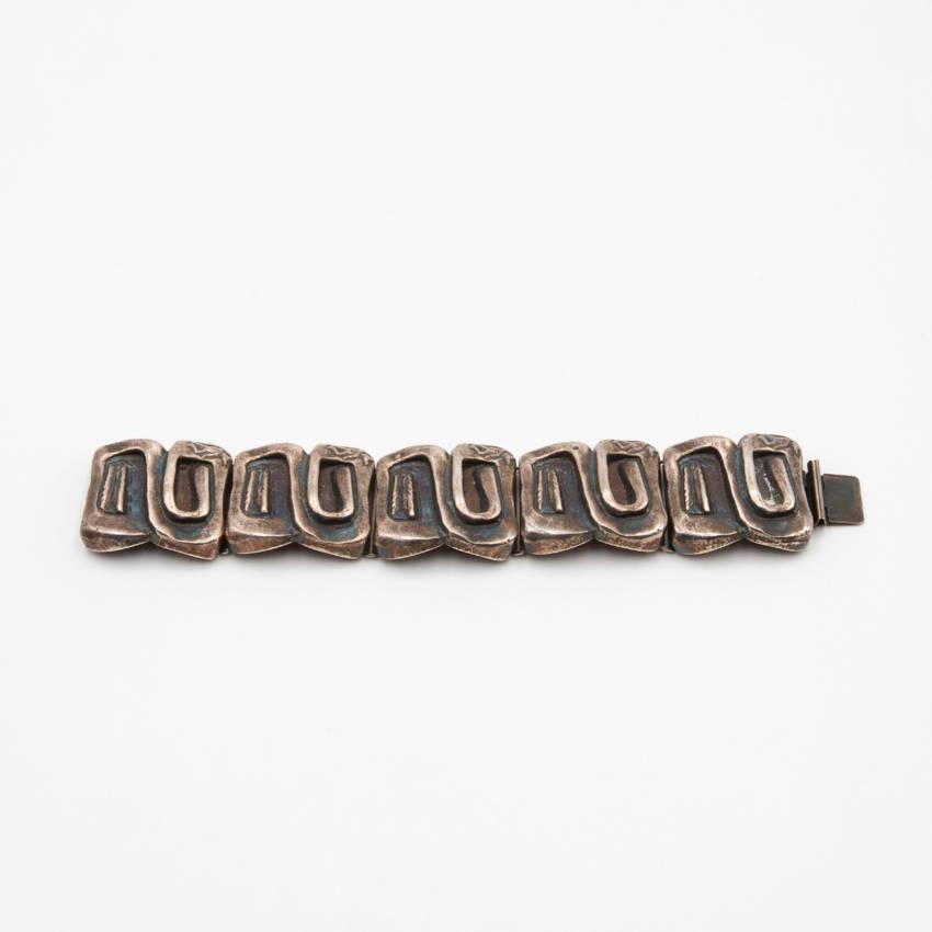 """""""Icare"""" bracelet by Line Vautrin - img10"""