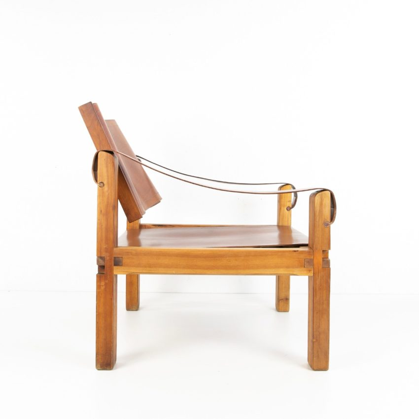 Leather Armchair by Pierre Chapo - img06