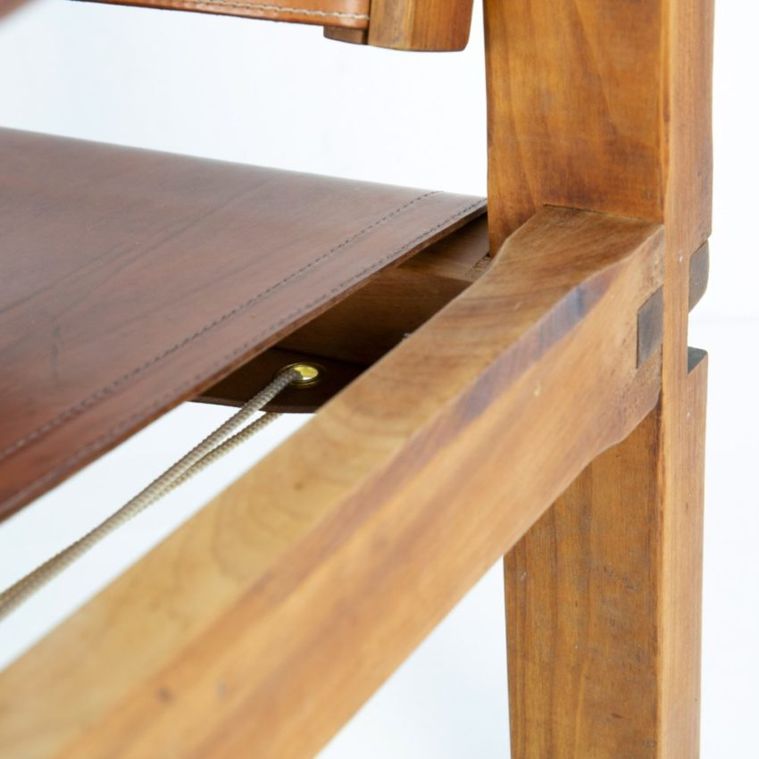 Leather Armchair by Pierre Chapo - img02