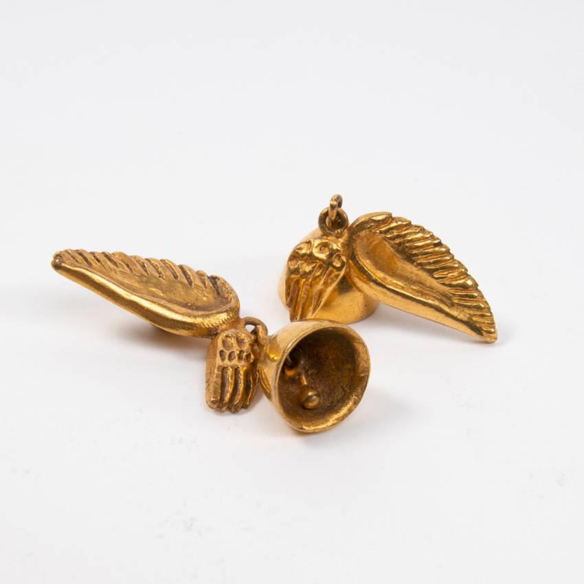 Les cloches ailées earrings par Line Vautrin Img07