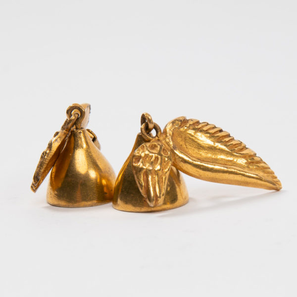 Les cloches ailées earrings by Line Vautrin Img04