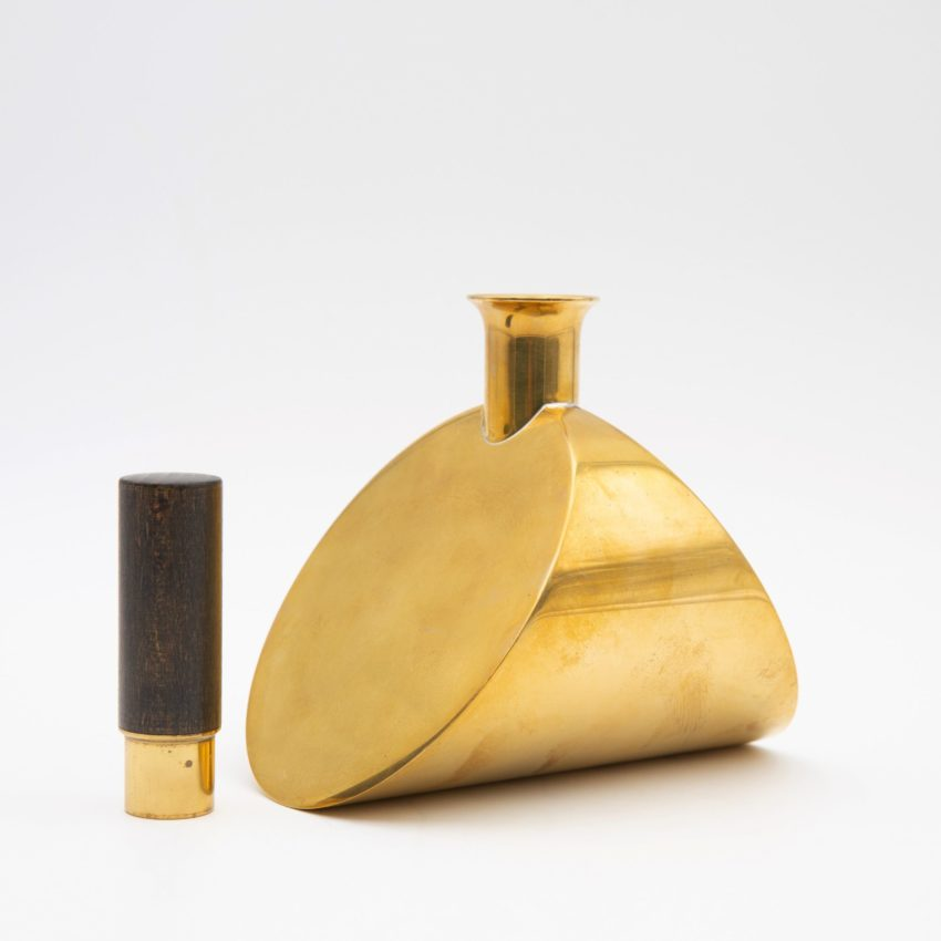 Decanter by Pierre Forsell - img03