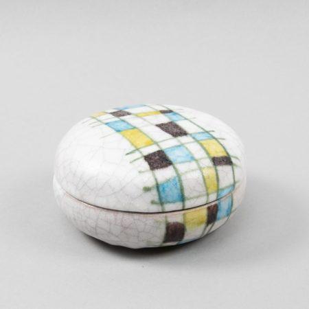 Round ceramic box by Guido Gambone - img2