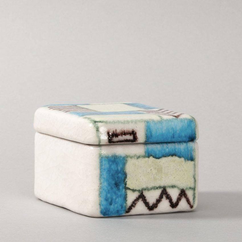 Ceramic box by Guido Gambone - img02