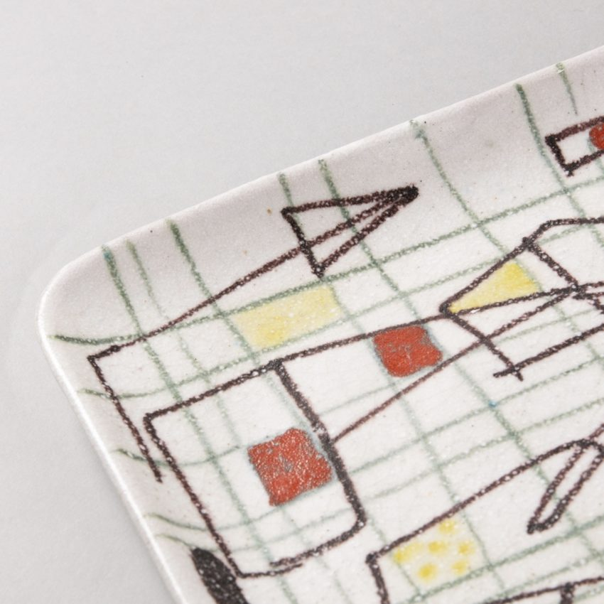ceramic plate with abstract decor by Guido Gambione - img05