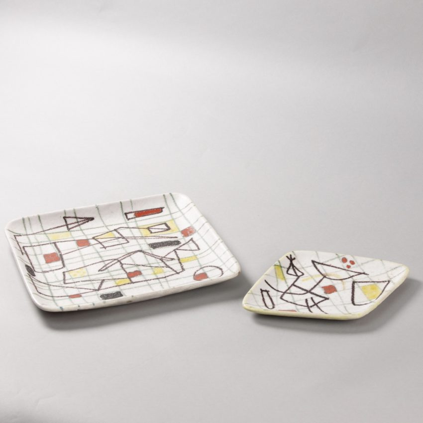 ceramic plate with abstract decor by Guido Gambione - img06