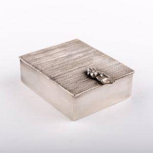 Line Vautrin 'La Balayeuse Du Sacré Coeur' Silvered Bronze Box - 01
