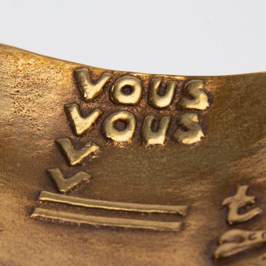 Vous vous devez de traiter Eros comme un Dieu, hâtez-vous by Line Vautrin - gilded bronze trinket bowl - France - 04