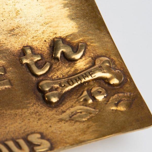 Vous vous devez de traiter Eros comme un Dieu, hâtez-vous by Line Vautrin - gilded bronze trinket bowl - France - 05