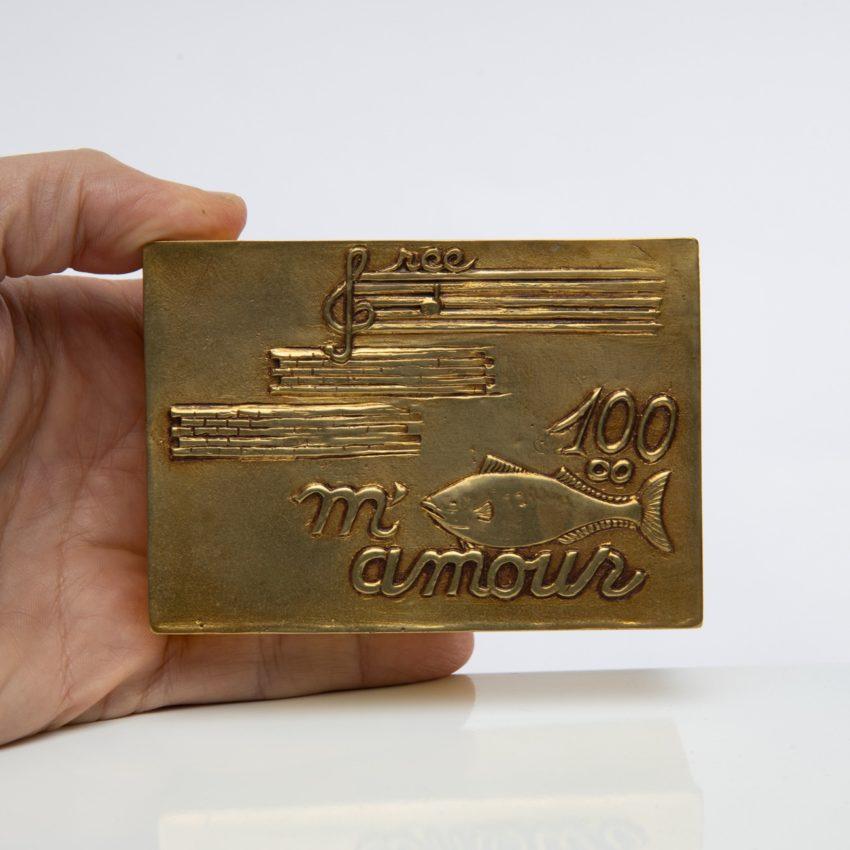 La source murmure sans fin même ton Amour by Line Vautrin - gilded bronze box - France - 07