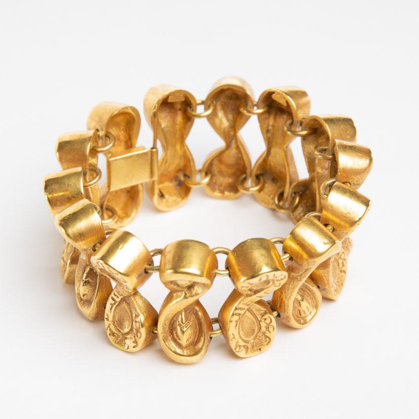 Après la pluie le beau temps by Line Vautrin - semi-rigid bracelet in gilded bronze - France - 02
