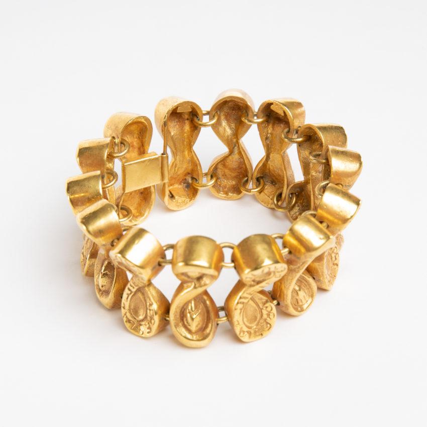 Après la pluie le beau temps by Line Vautrin - semi-rigid bracelet in gilded bronze - France - 09