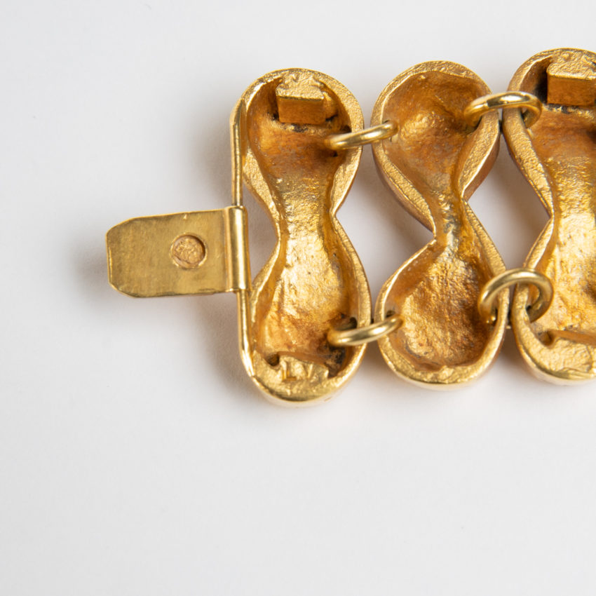 Après la pluie le beau temps by Line Vautrin - semi-rigid bracelet in gilded bronze - France - 08