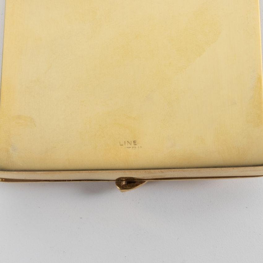 La-Balayeuse-du-Sacré-Cœur-powder-compact-gilded-bronze-Line-Vautrin-France-05